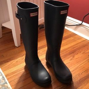 Navy Tall Hunter Rain Boots